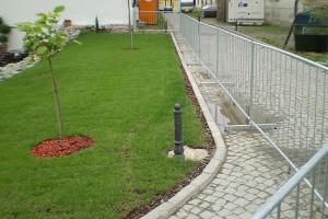 Laka zaštitna ograda